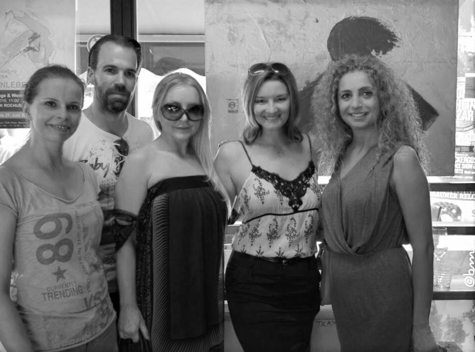 Christine Toman, Eser Ari-Akbaba, Kim Okura und Gäste