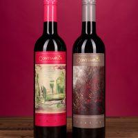 Zwei Weine mit Kim Okura Weinetiketten