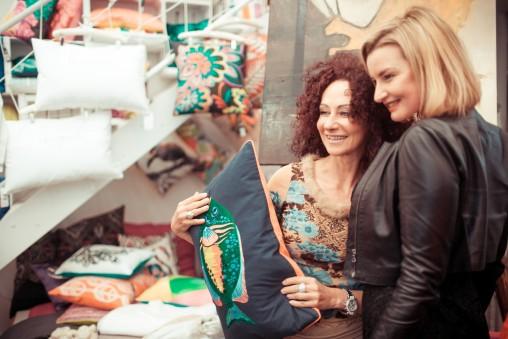 Christina Lugner mit Kim Okura